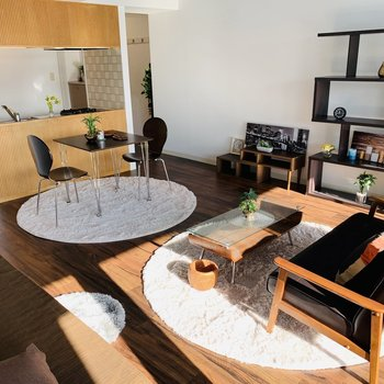 17帖もあるとこれだけ家具も充実。動線もしっかり確保できそうです◎※写真は反転同間取り別部屋のもの。