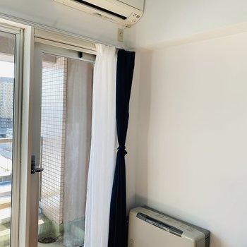 冷暖房もしっかり※写真は反転同間取り別部屋のもの。
