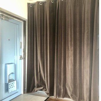 水回りはカーテンで隠せます!
