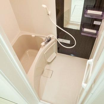 浴室乾燥機つきなのがありがたい。広さも充分でした。(※写真は1階の別室です。)