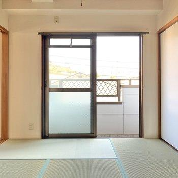 和室もゆとりあり。普段はのんびり空間で、ときに客間に。