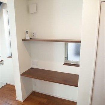 【2階】キッチン横の棚