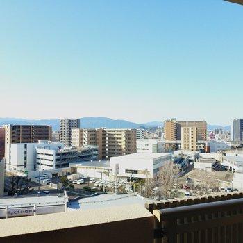 新幹線も見えますよ〜!
