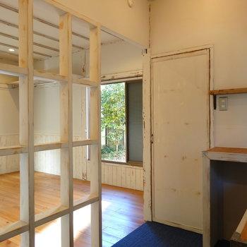 トイレはこちらの扉に ※ 写真は前回募集時のものです
