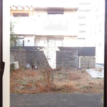 こちらの窓には雨戸がついてます※ 写真は前回募集時のものです