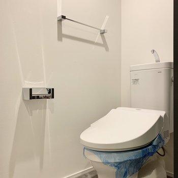 トイレは脱衣所の向かいに。