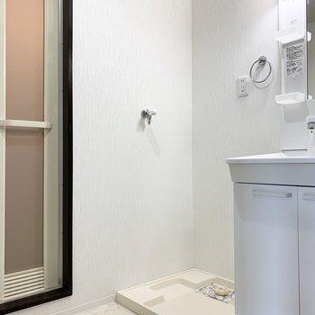 洗濯機置場が脱衣所に。