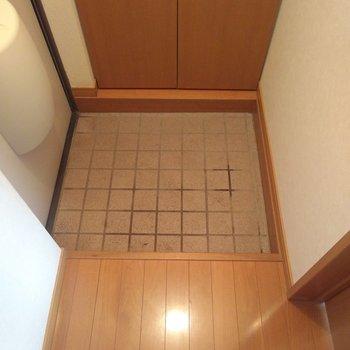 玄関スペースは少し小さめ、靴はシューズボックスに入れるようにしましょう!