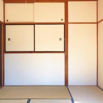 【上階・和室】ちゃぶ台をみんなで囲みたい……