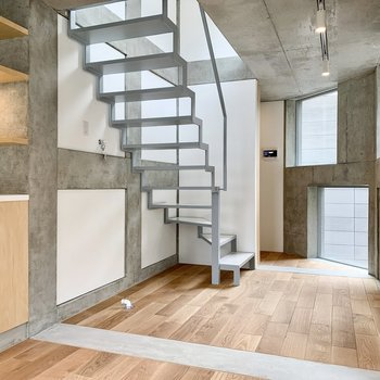 【LDK】上の階に行ってみましょう。