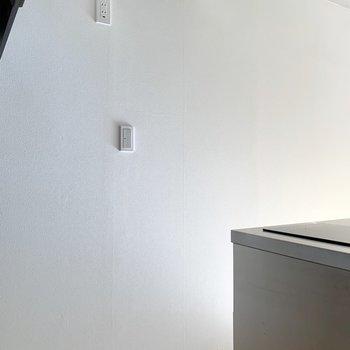 【DK】うしろには背の高い冷蔵庫も置けます。