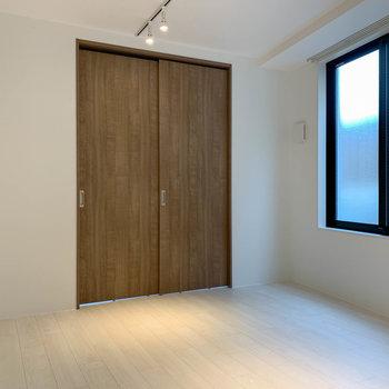 【DK6帖】扉を閉めるとこの様に。