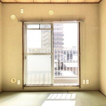 和室も負けてはいませんよ!しっかりと温かい光が入ってきます。※写真は4階同間取り別部屋のお写真です。