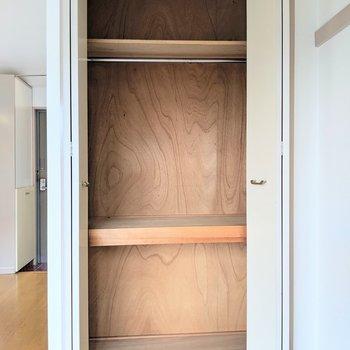 大容量の収納タイプで安心※写真は4階の同間取り別部屋のものです