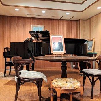 地下の音楽室がレンタルできるそう!※写真は4階の同間取り別部屋のものです