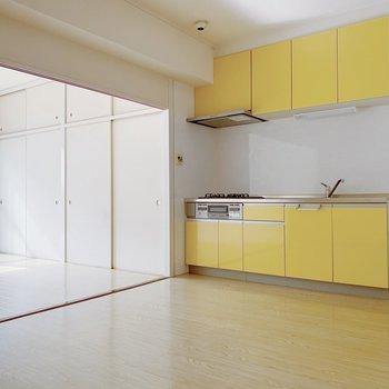 幸せを呼ぶ、黄色いキッチン