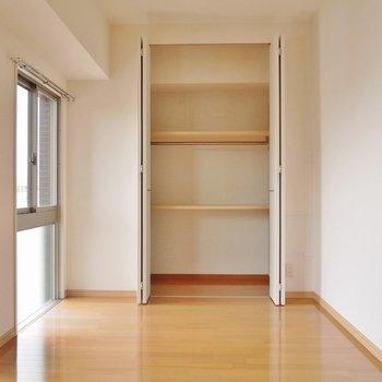 【洋6.1帖】ゆったりとした洋室(※写真は8階の同間取り別部屋のものです)