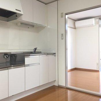 【DK】ゆったりとしたキッチンスペース。