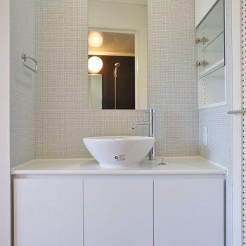 この洗面台に一目惚れ...♡※写真は同タイプの別室。