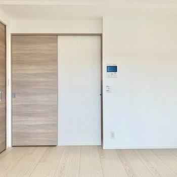 居室と廊下は完全に閉め切ることが可能です。