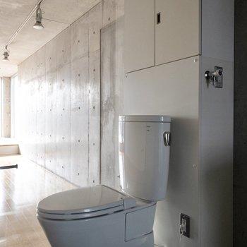 開放感がありすぎるトイレです