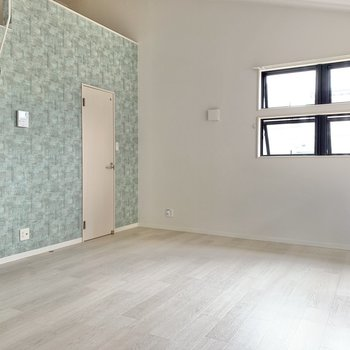 空間はゆとりあり。大きめの家具だって置けそうです。