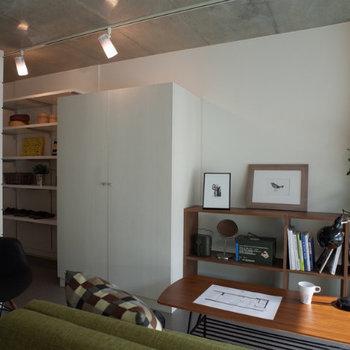 どんなインテリアにも馴染みそうですね。※写真は2階の同間取り別部屋のものです