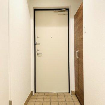 カントリーチックな玄関スペース。