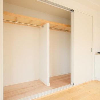 【イメージ】居室の2部屋は引き戸タイプの収納に!スペースを有効活用!