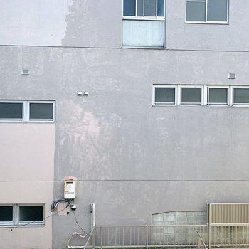 【洋5.2】眺望は向かいのビルです。