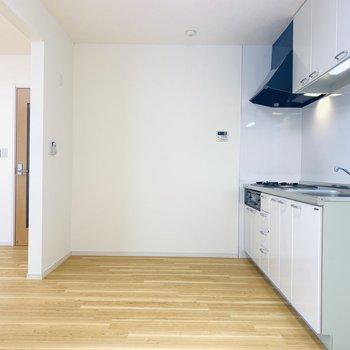 【LDK】LDKがリビングとキッチンで分けられるの嬉しいなぁ〜。