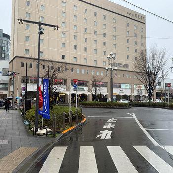 最寄の高円寺北口です。