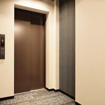 エレベーターがあるので上り下りは楽々。