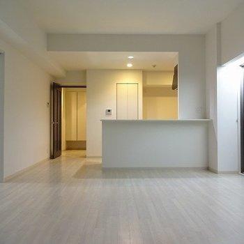 憧れのカウンターキッチン(※写真は4階の同間取り別部屋のものです)