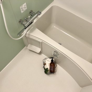 浴槽もゆったりできる広さがありましたよ。