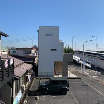 湘南新道が見えます。