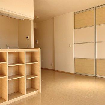 収納スペース多めのお部屋。