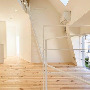 【3F】無垢材の家具などで統一したくなりますね〜