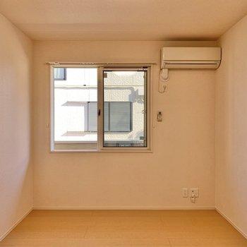 【洋室7帖】寝室として使えますね。