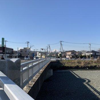 富士山が見えるんです。