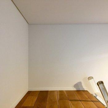 スッキリ起きられそうです※写真は1階の同間取り別部屋のものです