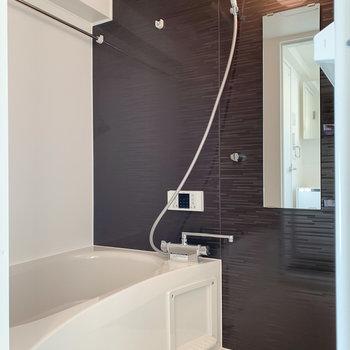 【1F】浴室乾燥機付きですよ〜