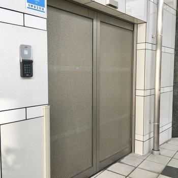 共用部】駐輪場にもオートロック付き!