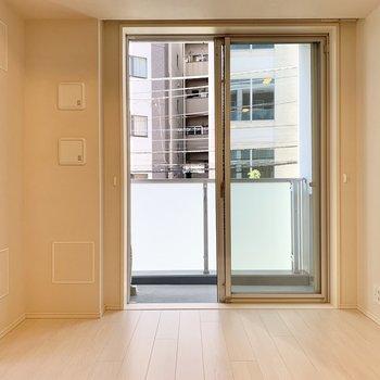 【LDK】ホワイトな空間で家具も合わせやすそう。