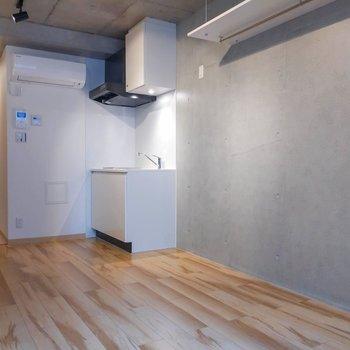 廊下と居室はカーテンで区切っても◎※写真は前回募集時のものです