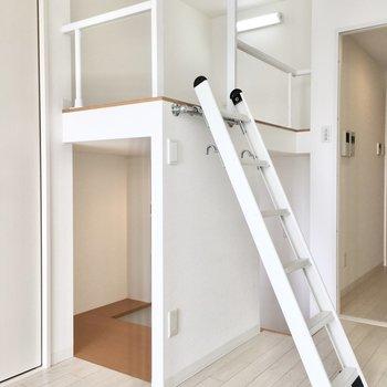 こちらがDENと呼ばれるスペース!※写真は8階反転間取り・別部屋のものです。