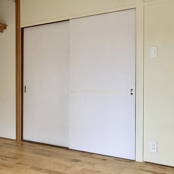 扉は少しレトロ。だけど、それが愛着ってやつ