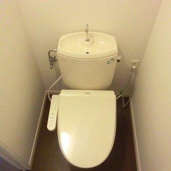 【イメージ】既存のトイレにウォシュレット便座を新しく設置◎