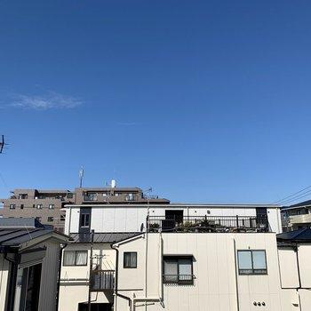眺望は開けています。青空が気持ちいい。