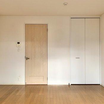 あなたのお部屋はきつね色